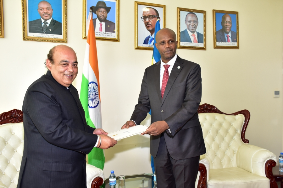 The High Commissioner of India to the United Republic of Tanzania, Mr. Sanjiv Kohli presents his credence to the EAC Secretary General, Amb. Liberat Mfumukeko